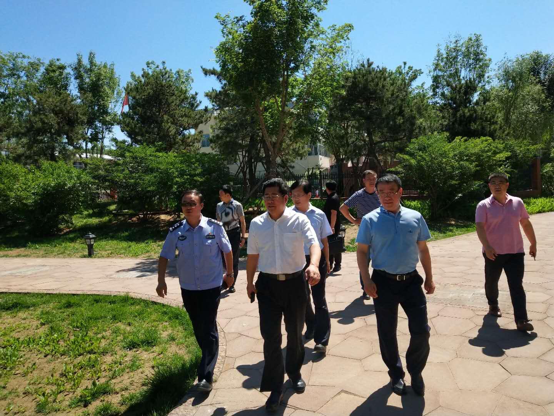 李晋宇常务副市长对城区停车场进行实地考察